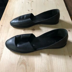 Cos slip on black leather flats size 38
